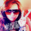 peace fashion miley